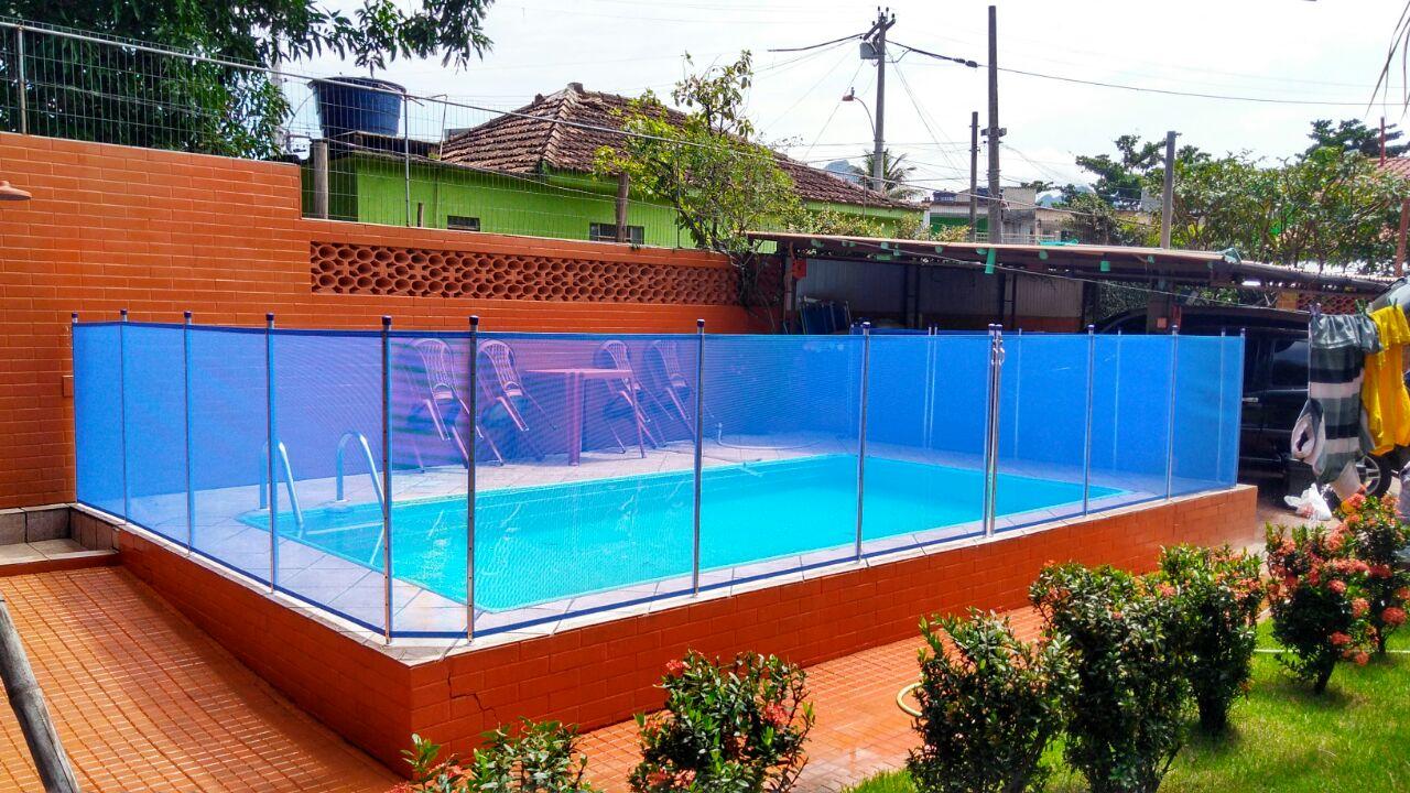 Cercas de proteção para piscinas